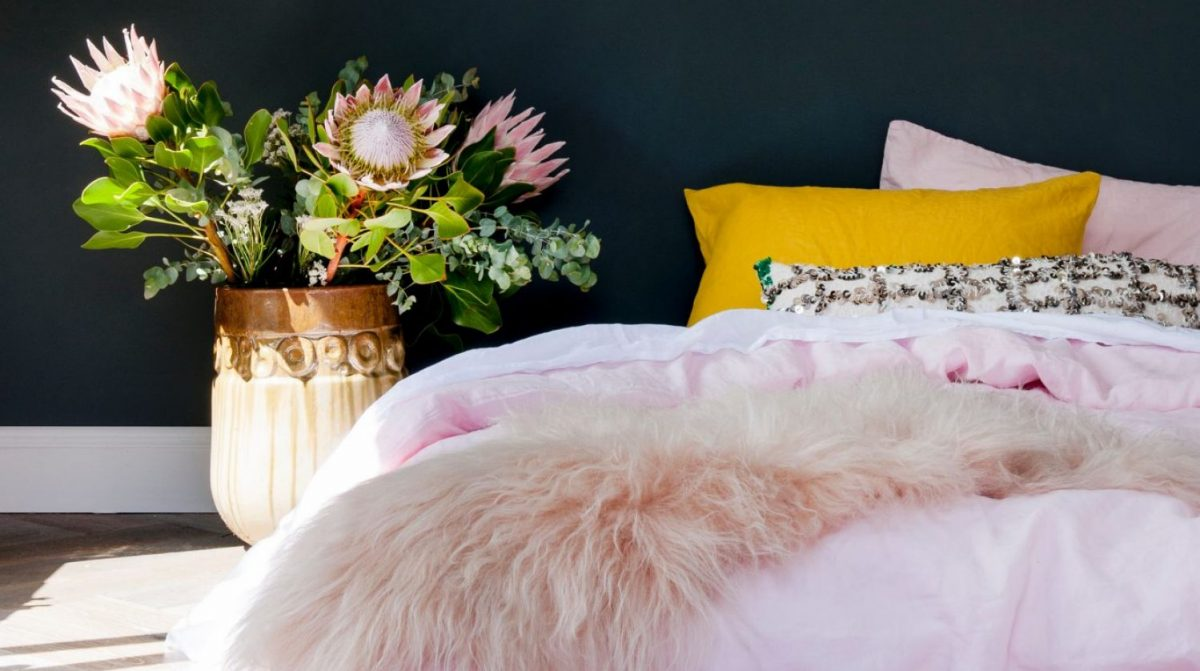 Decor and design: How to decorate and style the main bedroom in your home