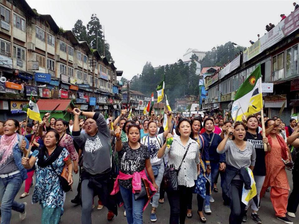 Indefinite Darjeeling bandh bleeds Siliguri's business of Rs 2 crore every day